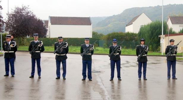 5c136df320a Canal 32 - BAR-SUR-AUBE   un nouveau commandant à la Gendarmerie ...