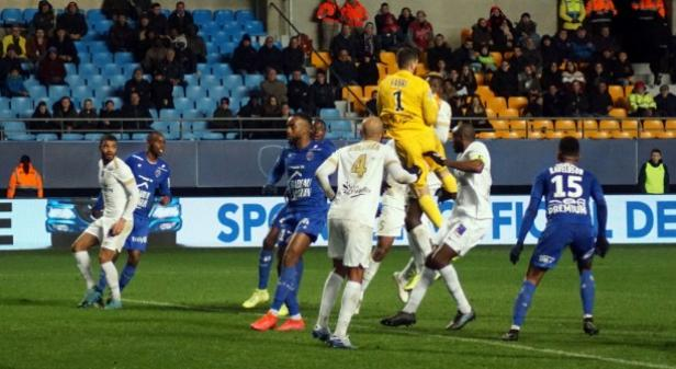 Canal 32 - Estac-Chateauroux (2-0) : DIAPORAMA PHOTOS