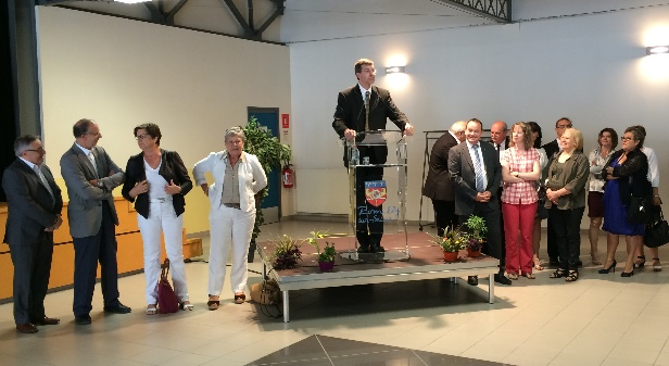 Romilly sur seine l 39 ambition municipale canal32 - Piscine municipale troyes ...