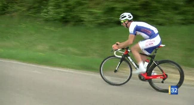 Canal 32 - Cyclisme, Louiche seul contre tous au Grand Prix de Saint-Lyé