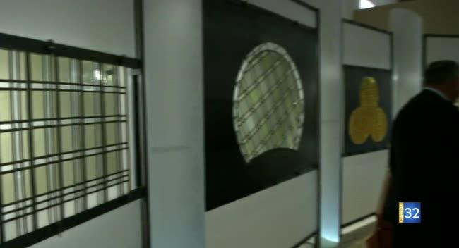 Canal 32 - Des vitraux cisterciens du XIIIe siècle exposés à la Cité du vitrail