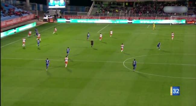 Canal 32 - L'Estac a laissé passer sa chance face à Montpellier (Résumé Vidéo)