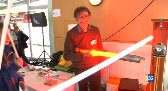 Canal 32 - L'instant étudiant : la fête de la science à l'UTT