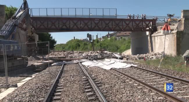 Canal 32 - SNCF : 65 heures de travail continu pour une opération coup de poing