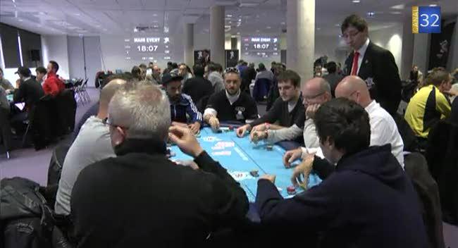 Canal 32 - Un tournoi de poker réuni 120 joueurs