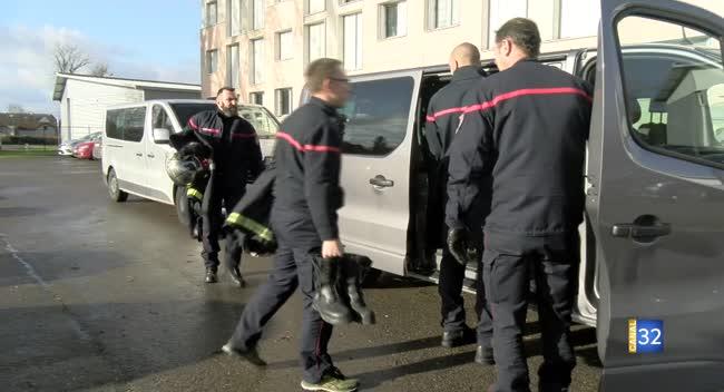 Canal 32 - 25 pompiers aubois participent à la manifestation nationale à Paris