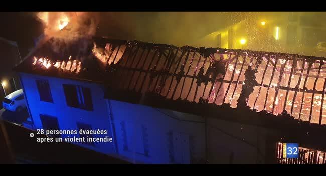 Canal 32 - 28 personnes évacuées après un important incendie à Troyes
