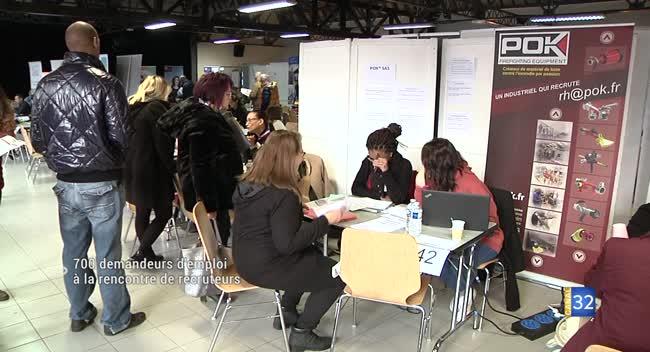 Canal 32 - Romilly-sur-Seine : 700 demandeurs d'emploi à la rencontre de recruteurs