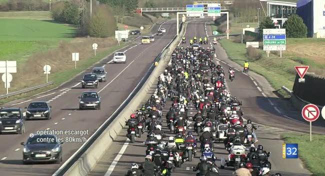 Canal 32 - Motards, automobilistes et poids lourds mobilisés contre les 80km/h. Reportage complet.