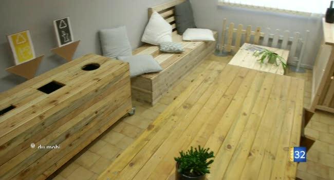 Canal 32 - La Chapelle Saint-Luc : ARM palette recycle les palettes en meubles