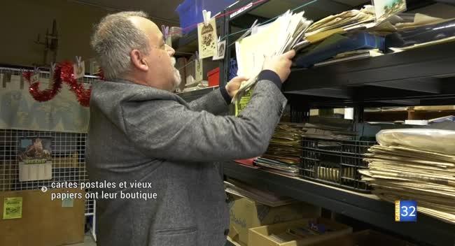 Canal 32 - Bar-sur-Seine : Un collectionneur ouvre sa boutique de cartes postales et vieux papiers