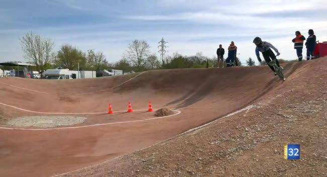 Canal 32 - BMX, le BRST fête les 30 ans de la piste avec le Championnat Nord-Est