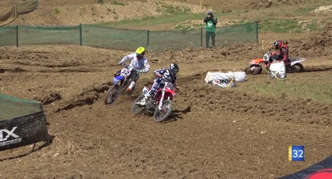 Canal 32 - Bourguignons : l'élite du Motocross au domaine de Foolz
