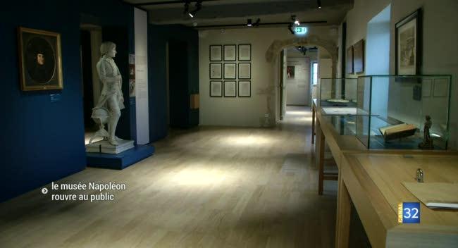 Canal 32 - Brienne-le-Château : le musée Napoléon rouvre au public