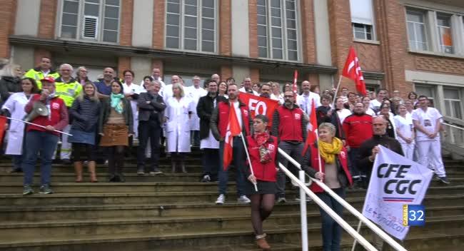 Canal 32 - Centre hospitalier de Troyes : un rassemblement pour défendre l'hôpital public - Canal 32