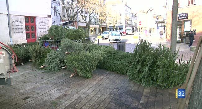 Canal 32 - La collecte de sapins de Noël jusqu'au 26 janvier à Troyes