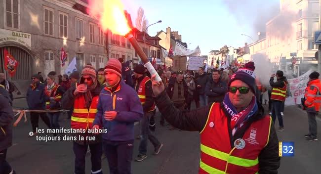 Canal 32 - Réforme des retraites : de nouveau dans la rue pour manifester