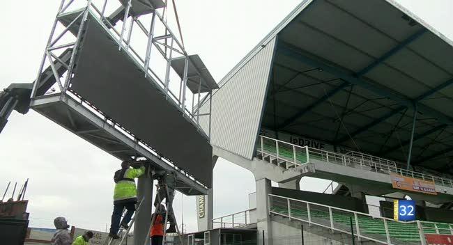 Canal 32 - Stade de l'Aube : derrière les nouveaux écrans géants, une entreprise auboise