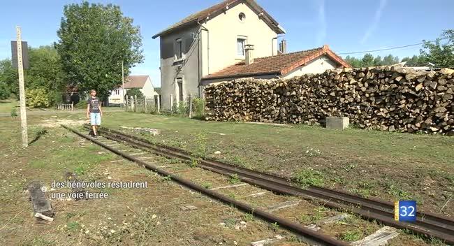 Canal 32 - Jeugny : des bénévoles restaurent la ligne SNCF 26