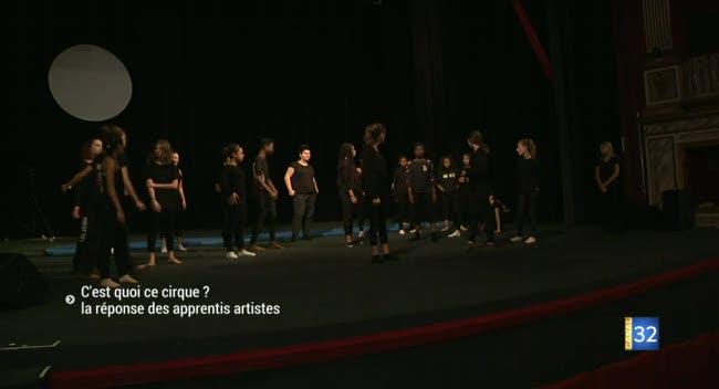 Canal 32 - De jeunes artistes amateurs aubois font leur cirque
