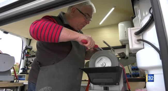 Canal 32 - Dominique Lemelle : des andouillettes à l'entreprise de rémoulage !