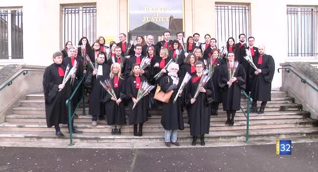 Canal 32 - Troyes : un nouvel acte symbolique des avocats contre la réforme des retraites