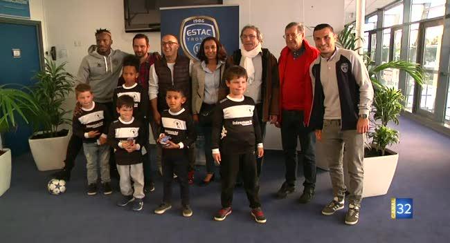 Canal 32 - Estac : des joueurs parrains pour les clubs de l'agglomération troyenne