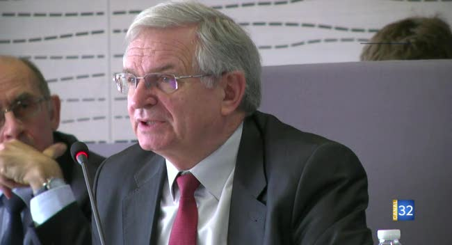 Canal 32 - Les explications de Philippe Adnot suite à sa démission programmée en tant qu'élu départemental (long format)