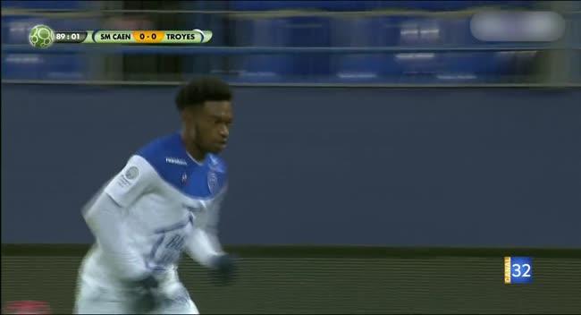 Canal 32 - Football L2 : le résumé de Caen - Estac en vidéo