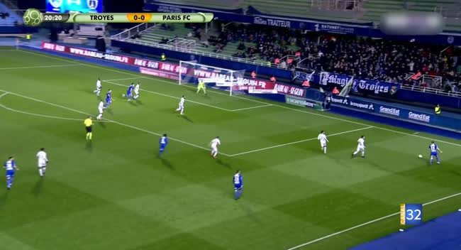 Canal 32 - Football L2, Le résumé du match Estac - Paris FC en images (1-1)