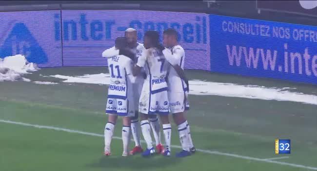 Canal 32 - Ligue 2 : l'Estac accroche un point chez le leader (Résumé Vidéo)