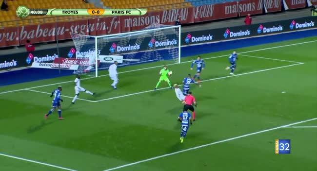 Canal 32 - Football L2, Retour sur la rencontre Estac - Paris FC en vidéo