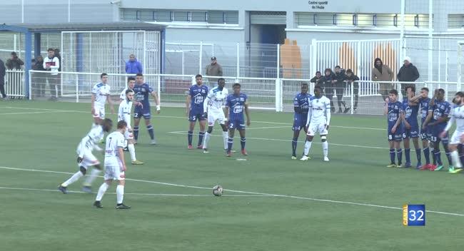 Canal 32 - Football N3, l'Estac B concède le match nul dans les arrêts de jeu face à Thaon : 2-2