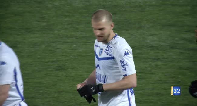 Canal 32 - Football N3, l'Estac B remporte le derby devant le FCAT : 1-0