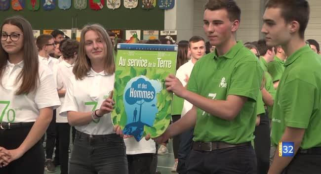 Canal 32 - François Baroin parrain des 70 et 71èmes promotions du lycée Sainte-Maure