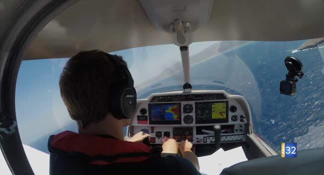 Canal 32 - Grand Format : un tour d'Europe de 11000 km avec un avion aubois pour Quentin.