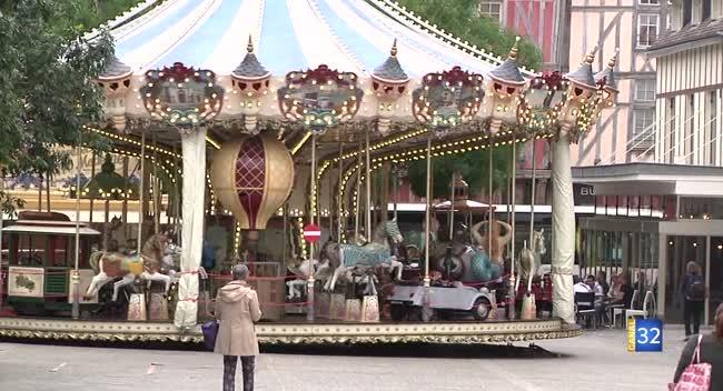 Canal 32 - Grand Format : ça tourne à nouveau pour le carrousel à Troyes