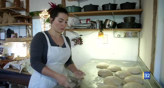 Canal 32 - Grand Format : Kinga, l'amour du pain à Marnay-sur-Seine