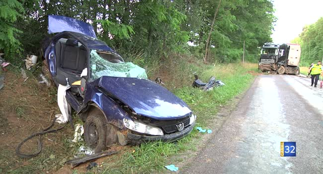 Canal 32 - Les Poteries (Chaource) : deux morts et deux blessés graves dans un accident. Vidéo.