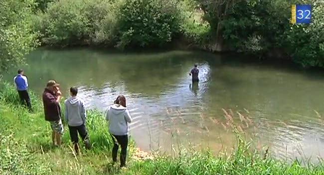Canal 32 - Initiation pêche à la mouche pour 6 lycéens
