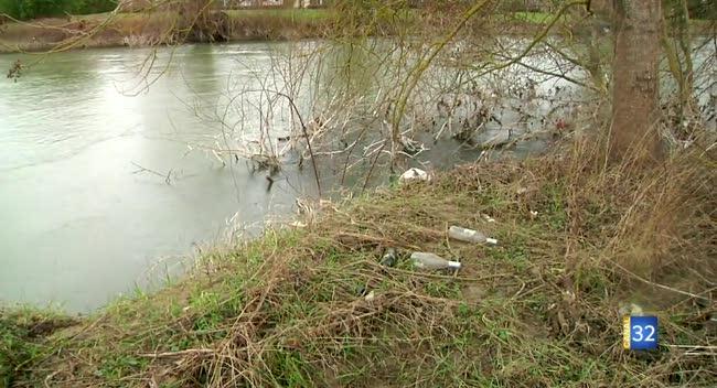 Canal 32 - J'aime la Seine propre a besoin de vous