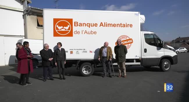 Canal 32 - La Banque Alimentaire se dote d'un nouveau camion frigorifique