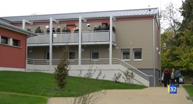 Canal 32 - La Chapelle Saint-Luc: 56 logements inaugurés au Foyer d'Accueil des Travailleurs Migrants