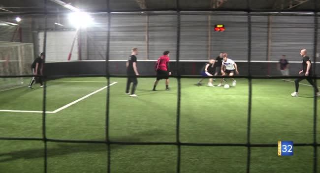 Canal 32 - La Chapelle Saint-Luc : un tournoi de foot indoor pour la bonne cause