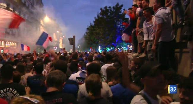 Canal 32 - La France en finale : les premières images de joie à Troyes.