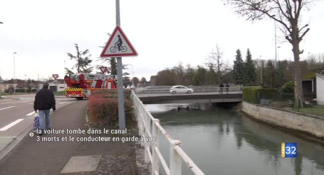 Canal 32 - La voiture tombe dans le canal : 3 morts et le conducteur en garde à vue. Vidéo