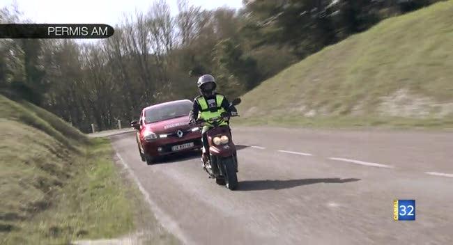 Canal 32 - L'Aube à moto - le permis AM