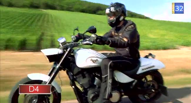 Canal 32 - L'Aube à Moto Polaris Victory Hammer S