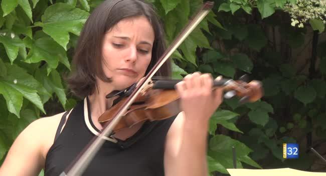 Canal 32 - L'Aube au féminin : la violoniste Camille Vasseur