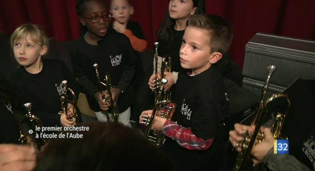 Canal 32 - Estissac : le premier orchestre à l'école de l'Aube